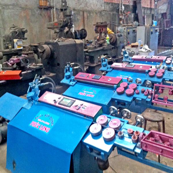Máy bẻ đai sắt tự động Phúc Long
